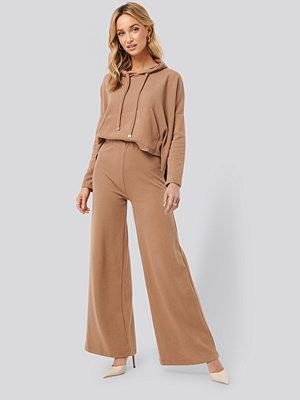 Trendyol beige byxor Trot Trousers brun
