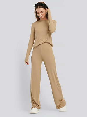 NA-KD Basic Soft Ribbed Wide Basic Pants beige byxor