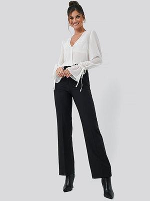 Hannalicious x NA-KD svarta byxor Seamline Suit Pant svart