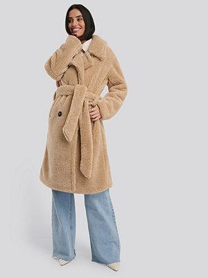 NA-KD Belted Long Teddy Coat beige
