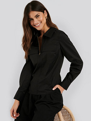NA-KD Classic Zip Pocket Shirt svart