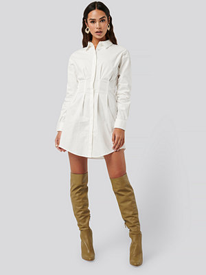 NA-KD Classic Gathered Waist Mini Shirt Dress vit