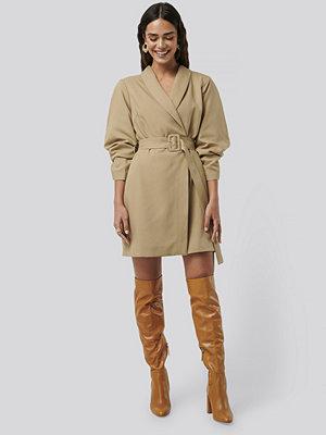 NA-KD Classic Rounded Sleeve Blazer Dress beige