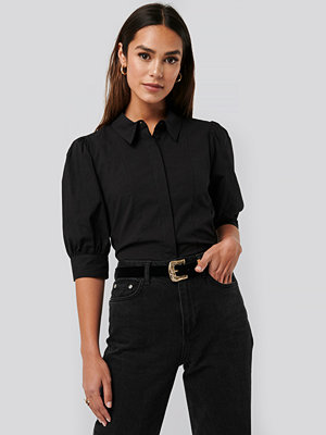 NA-KD Trend Puff Sleeve Panel Blouse svart