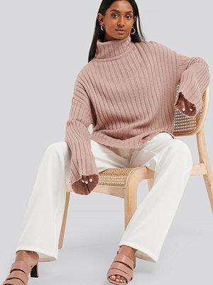 NA-KD Wide Sleeve Rib Knitted Polo rosa