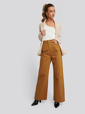 NA-KD Trend Wide Leg High Waisted Jeans brun