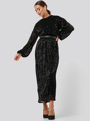 NA-KD Party Open Back Sequin Dress svart