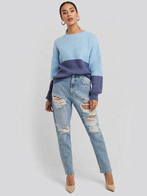 NA-KD High Waist Ripped Mom Jeans blå