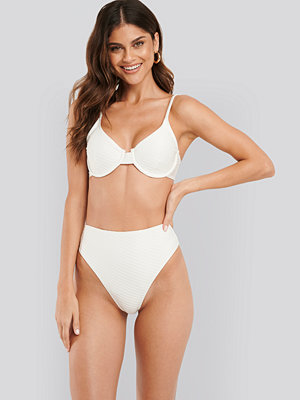 NA-KD Swimwear Structured High Waist Bikini Panty vit