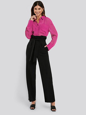 NA-KD Trend svarta byxor Maxi Paperwaist Suit Pants svart