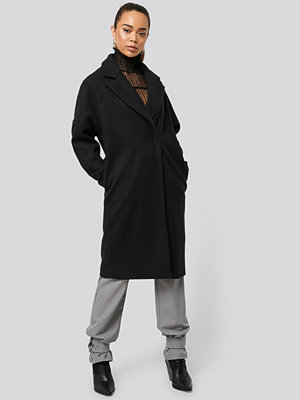 NA-KD Dropped Shoulder Coat svart
