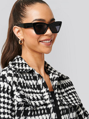 NA-KD Accessories Pointy Squared Cateye Sunglasses svart