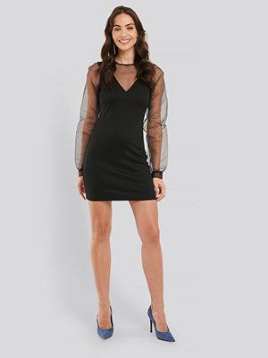 NA-KD Party Long Sleeve Organza Dress svart
