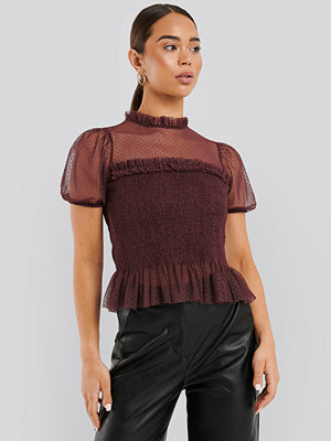 NA-KD Short Sleeve Lace Blouse röd