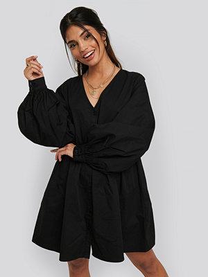 NA-KD Boho Balloon Sleeve Mini Shirt Dress svart