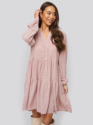 NA-KD Boho Structure A-Line Dress rosa