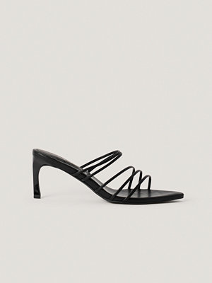 NA-KD Shoes Strappy Pointy Sandals svart
