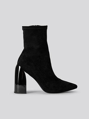 NA-KD Shoes Strumpboots svart