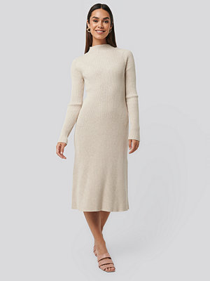 NA-KD Trend Ribbed Knitted Polo Dress beige