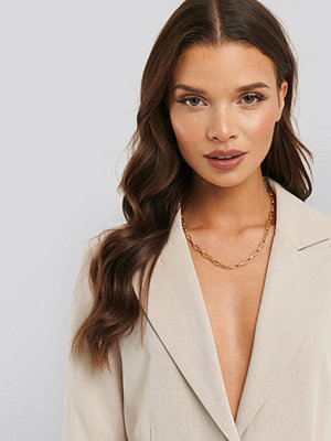 Statement by NA-KD Influencers smycke Christina Dueholm Chain Necklace guld