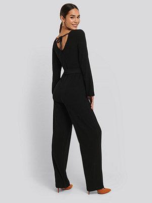 Jumpsuits & playsuits - NA-KD Crinkle Jersey Jumpsuit svart