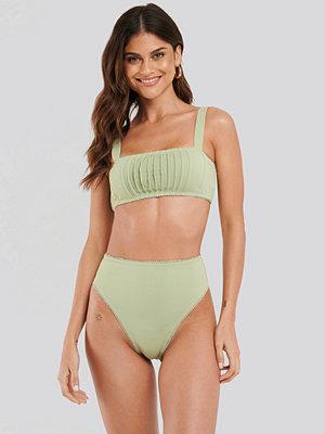 NA-KD Swimwear Structured Lace Edge High Waist Bikini Panty grön