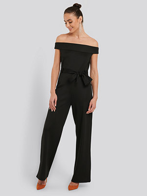NA-KD Party Boat Neck Jersey Jumpsuit svart