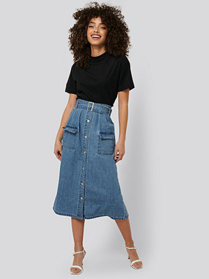 NA-KD Trend Belted A-Line Denim Skirt blå