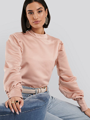 NA-KD Trend Oversized Puff Sleeve Blouse rosa