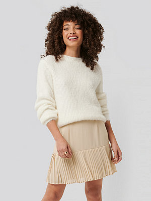 NA-KD Trend Pleated Bottom Skirt beige