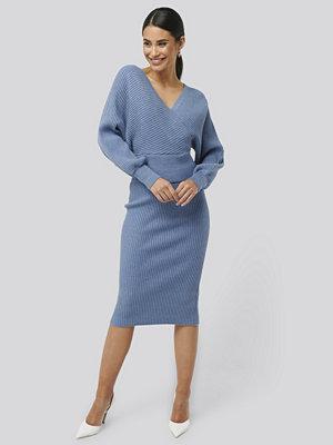 NA-KD Glittery Ribbed Knitted Skirt blå