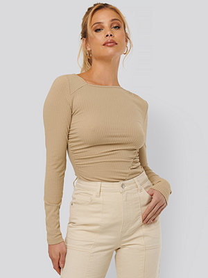 NA-KD Trend Gathered Jersey Top beige
