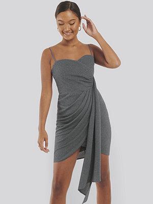 Trendyol Glittrig Miniklänning grå