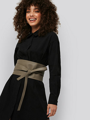 Bälten & skärp - NA-KD Accessories Layered Oversize Waist Belt grön