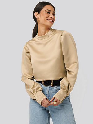NA-KD Trend Oversized Puff Sleeve Blouse beige
