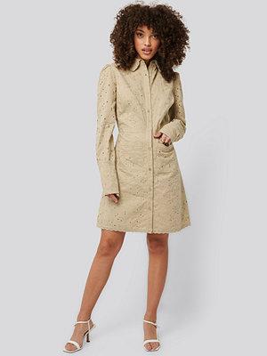 NA-KD Trend Miniklänning beige