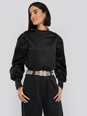 NA-KD Trend Oversized Puff Sleeve Blouse svart