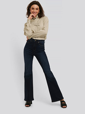 NA-KD Skinny Flare Jeans blå