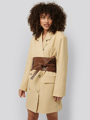 Bälten & skärp - NA-KD Accessories Layered Oversize Waist Belt brun