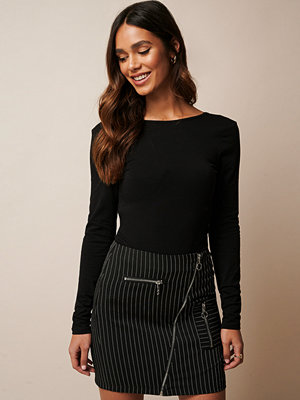 Donnaromina x NA-KD Pinstriped Zip Detail Skirt multicolor