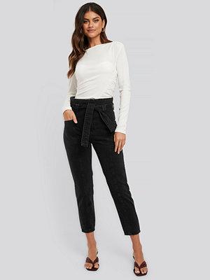NA-KD Paper Waist Jeans svart