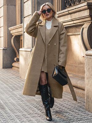 Donnaromina x NA-KD Tied Waist Coat beige