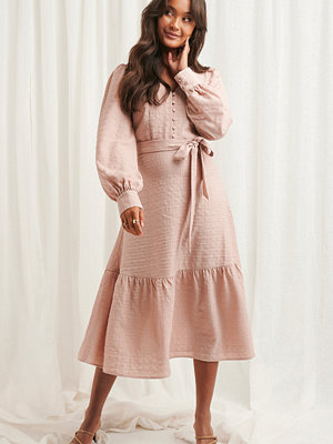 NA-KD Boho Structured Tie Waist Dress rosa