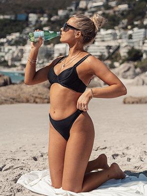 Erica Kvam x NA-KD Bikiniöverdel svart