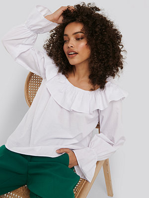NA-KD Boho Frilled Wide Neck Blouse vit
