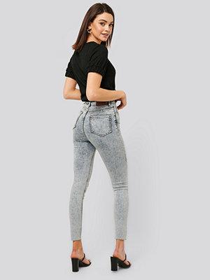 NA-KD Jeans Med Hög Midja blå