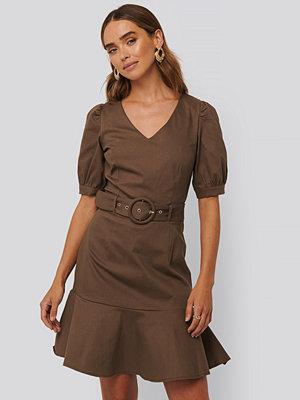 Trendyol Belt Detailed Mini Dress brun