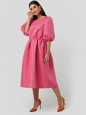NA-KD Boho Structured Puff Dress rosa