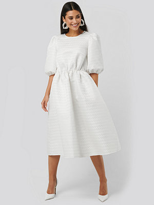 NA-KD Boho Structured Puff Dress vit