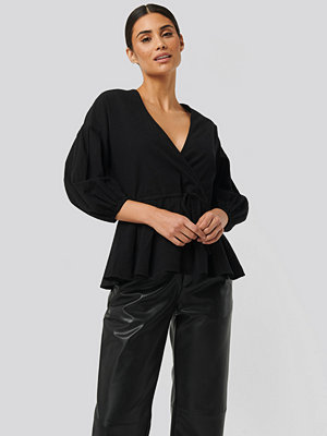 NA-KD Balloon Sleeve Drawstring Blouse svart